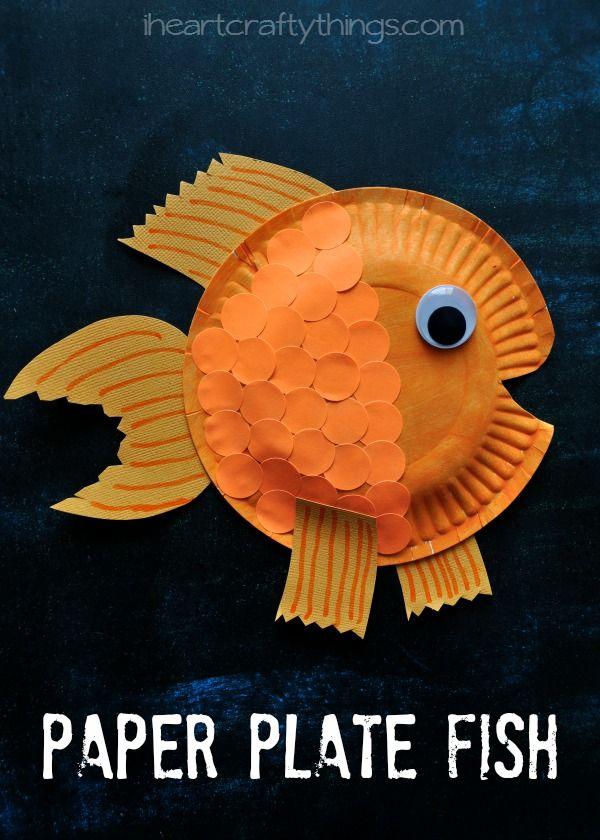 pesci costruiti con i piattini di carta