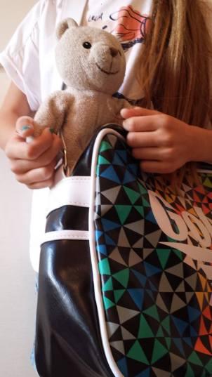compiti per le vacanze masha orso panini album figurine