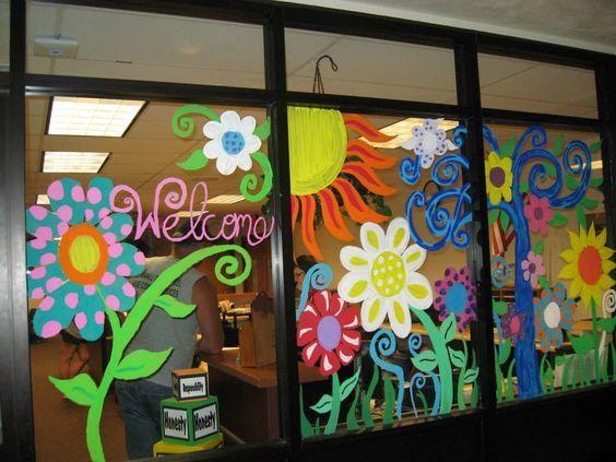 Decorazioni finestre primavera vaso da fiori fai da te una ventata di primavera in casa morsi - Decorare i vetri delle finestre ...
