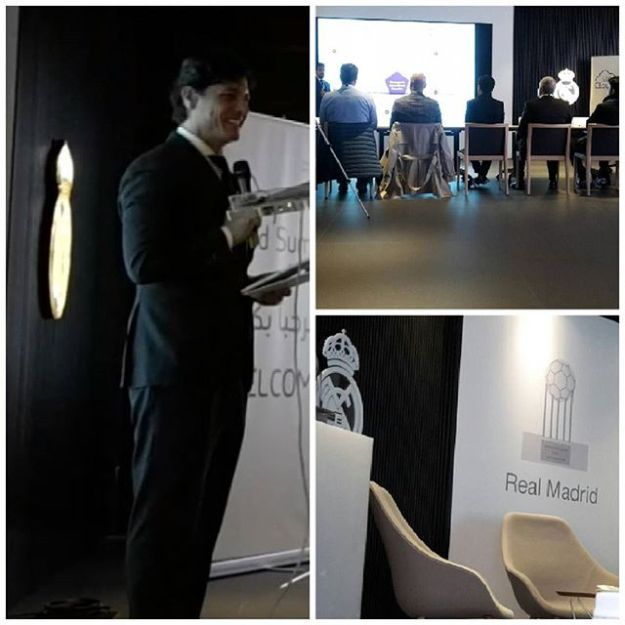 Hosting the STC cloud summit at the presidential business area Santiago Bernabeu Stadium (Real Madrid sponsor) #bilingualspeakers #madridenglishspeaker #sportspeakers #speakerbernabeu #speakerrealmadrid #speakereningles #bilingualhost #bilingualmc #milingualmcspainWww.maestrodeceremonias.es Www.presentadoresdeeventos.com +34 644 597 199Mc@maestrodeceremonias.es