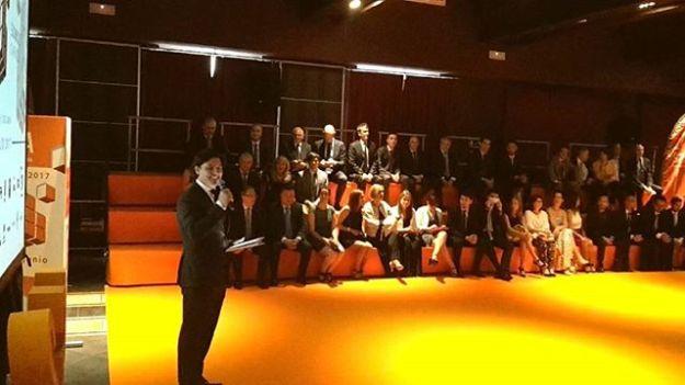Presentación de evento corporativo en la Convención Nacional 2007 de bebé en el Hotel AC Palacio de Santa Ana en Valladolid con el monologuista Quique Matilla como invitado especial.Www.maestrodeceremonias.es www.presentadordeeventos.com www.monologuistas.es Tel 644 597 199# monologuistacómicovalladolid #presentadordeeventosvalladolid #speakervalladolid #speakercorporativovalladolid#presentadordivertidovalladolid #eventovalladolid #maestrodeceremoniasvalladolid #presentadoresvalladolid