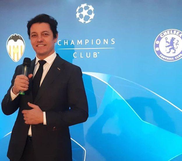 UEFA CHAMPION CLUB Speaker at Mestalla Stadium ValenciaValencia - ChelseaWww.presetadordeeventos.com/guillermocastaMc@presentadordeeventos.comTel: +34 644 597 199#speakerspain #eventspain#eventhost #masterofceremonies #biligualMC #bilingualspeakers #madridevents #uefachampionsclubspeaker #uefachampionsleague #uefaspeaker #championsleaguespeaker #valenciaevents #spakervalencia #maestrodeceremoniasvalencia #maestrodeceremonias
