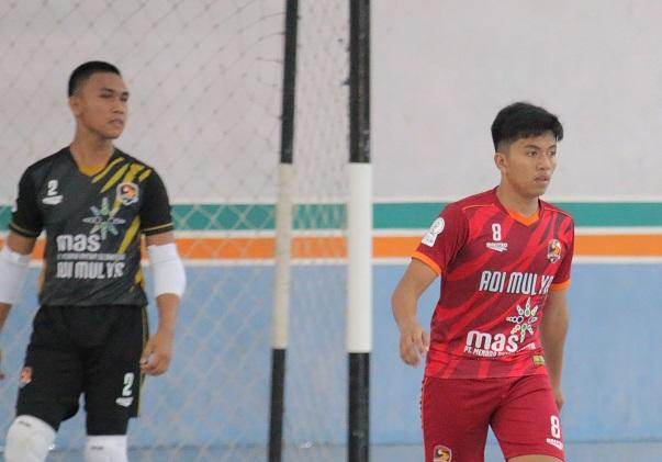 kiper futsal young rior fc