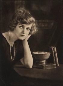 Dama Gladys Cooper, 1921