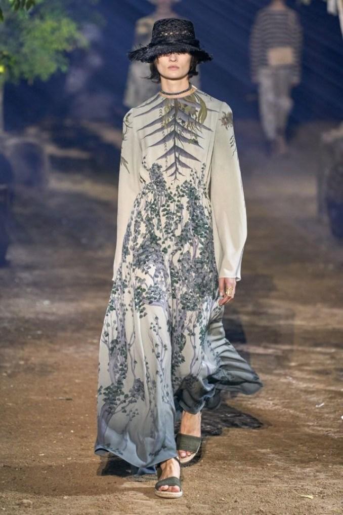 платья с цветочным принтом Dior