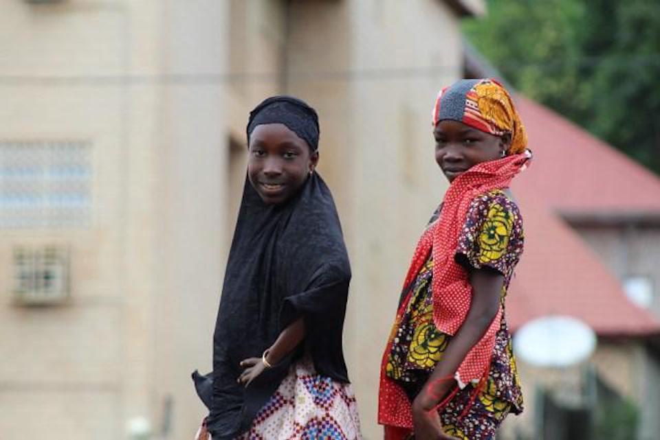 Deux petites filles