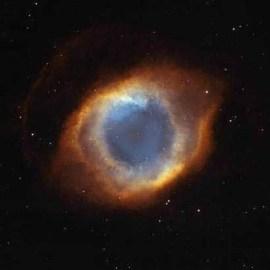 L'oeil de DIEU VU PAR LE TELESCOPE HUBBLE