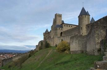 La forteresse surplombant la vallée
