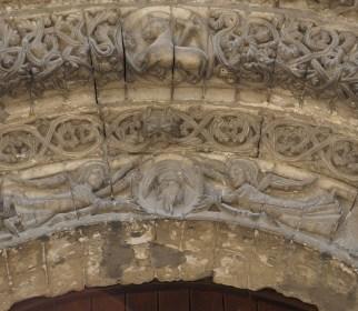saintes abbaye aux dames -portail occidental main de Dieu