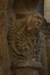 saintes -saint eutrope eglise basse chapiteau 3