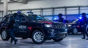 Полиция Италии получила бронированные Jeep Grand Cherokee
