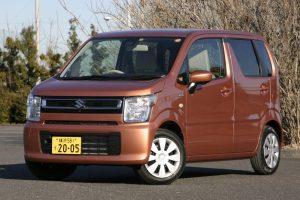 マイルド・ハイブリッド非搭載も選べる標準車の価格帯は107万8920〜129万8160円。