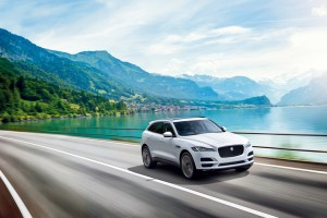Jaguar_F-PACE TROPHY EDITION_01