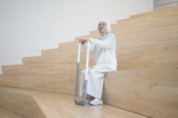 圓滾滾造型超特別!可壓縮長度、更穩定的創新拐杖 Stand