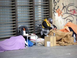 Perché gli italiani sono diventati poveracci [Win the bank] CorriereAl 3
