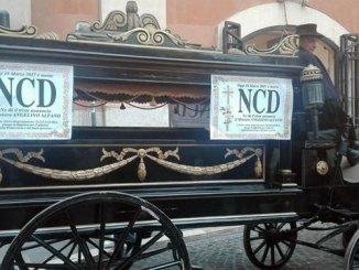 Ncd: funerale in carrozza! CorriereAl