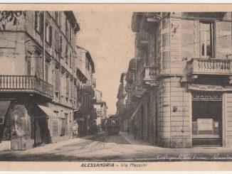 """Via Mazzini e """"La mia cara Alessandria"""" di Lucia Lunati #3 [Un tuffo nel passato] CorriereAl"""