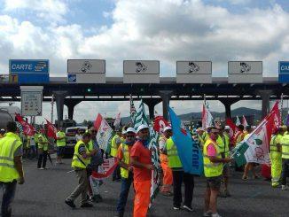 """Molinari (Lega Nord Piemont) al fianco dei lavoratori delle autostrade: """"Faremo il possibile per scongiurare i licenziamenti causati dalle decisioni del governo Gentiloni"""" CorriereAl"""