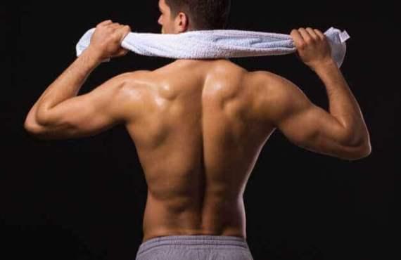 man-back-workout