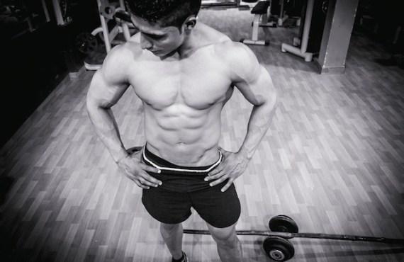 gym-muscular-man