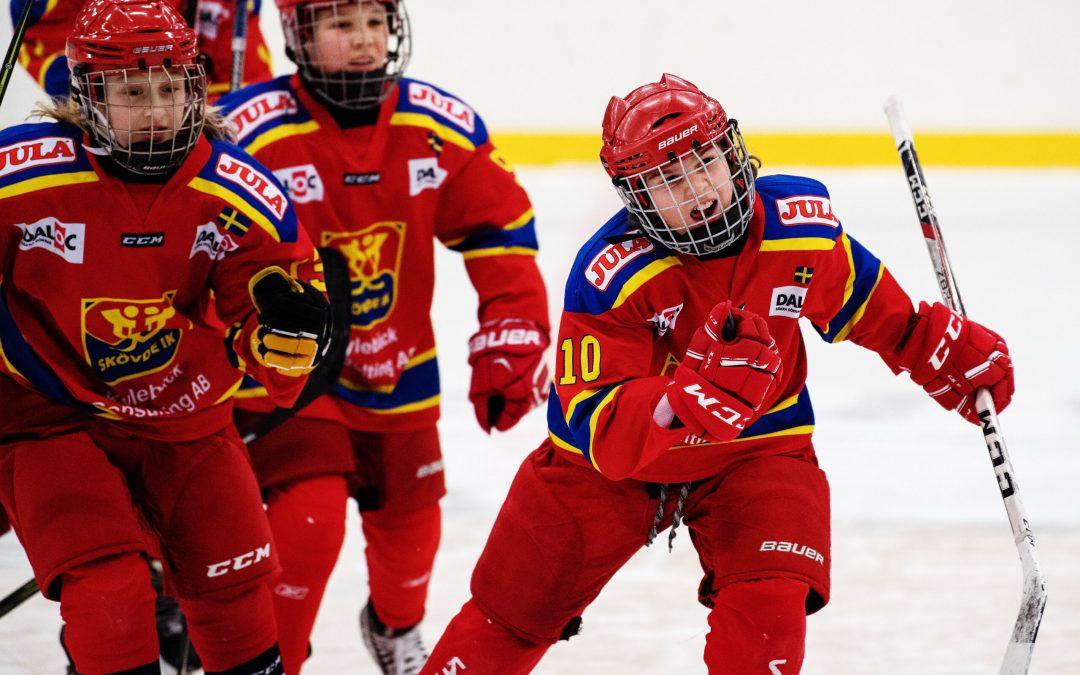 Färre barn och ungdomar i hockeyn under pandemin