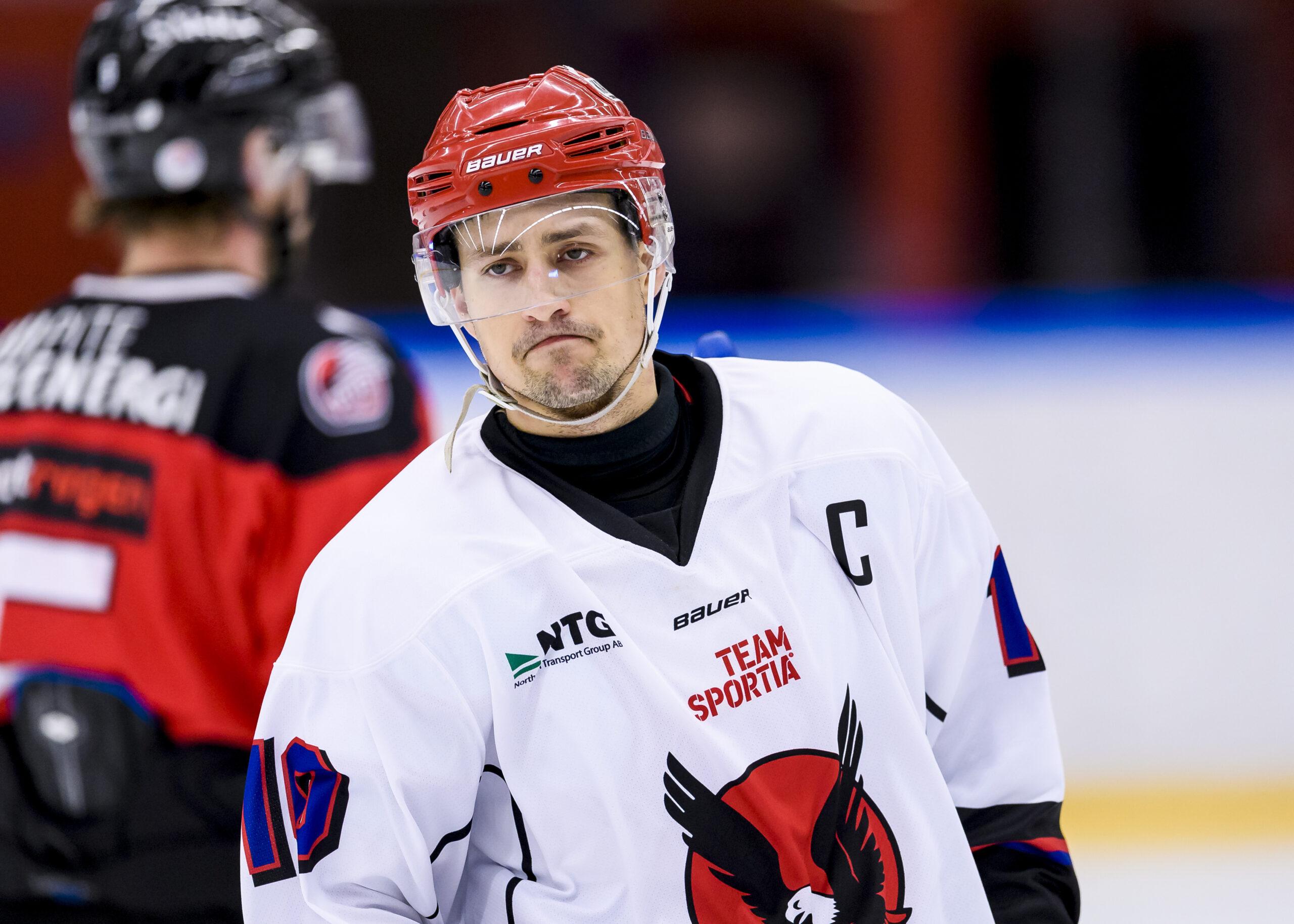 Pettersson klar för tre nya år