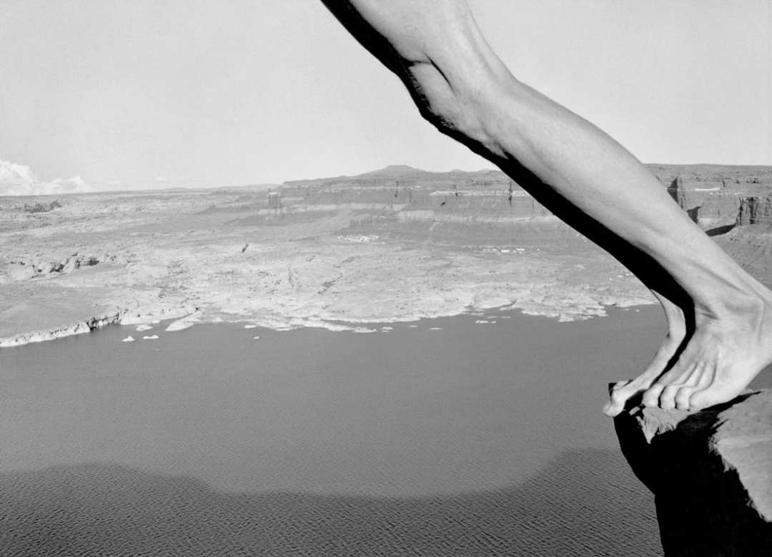 © Arno Rafael Minkkinen, Hite, Utah, 1997