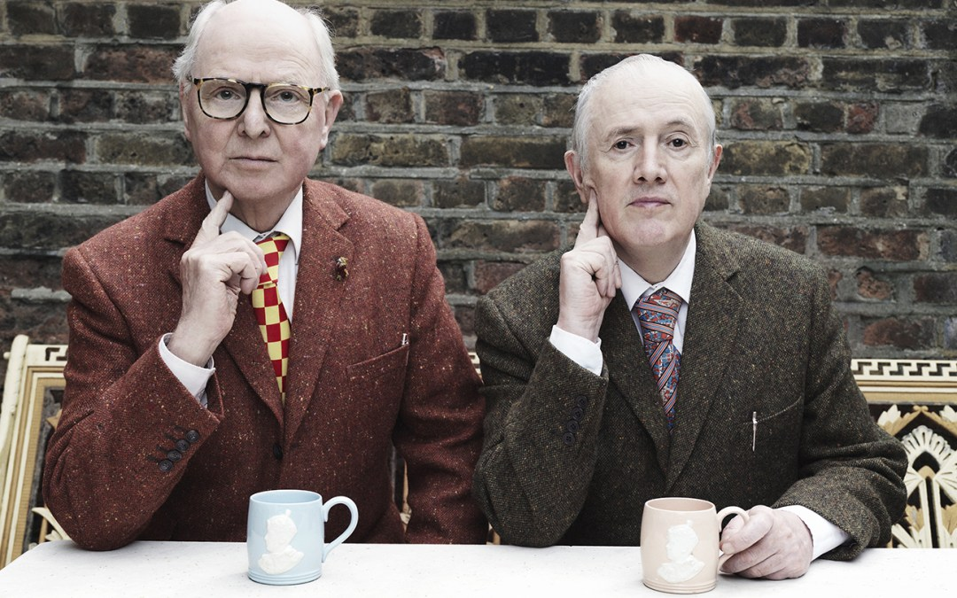 Gilbert & George – rebeller i dress og slips