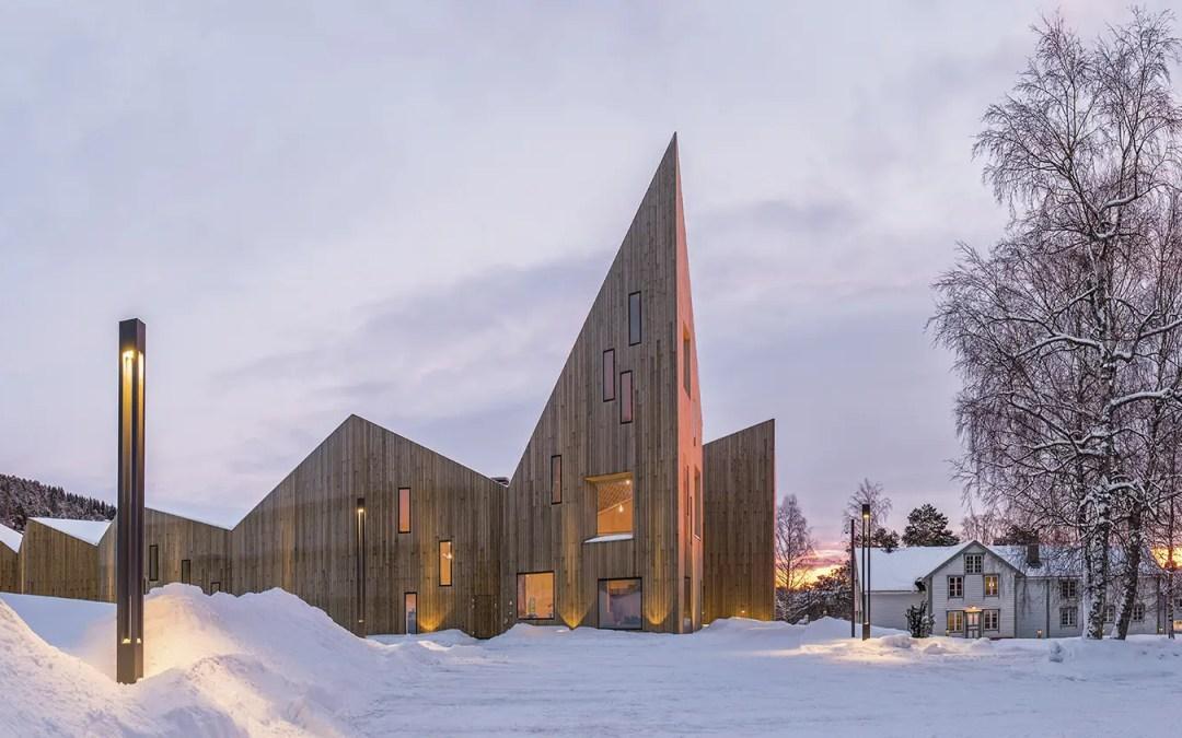 Romsdalsmuseets arkitektoniske krone