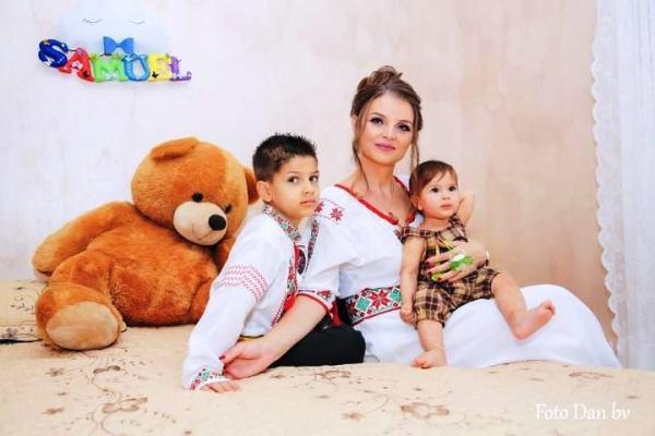 familie imbracata romaneste