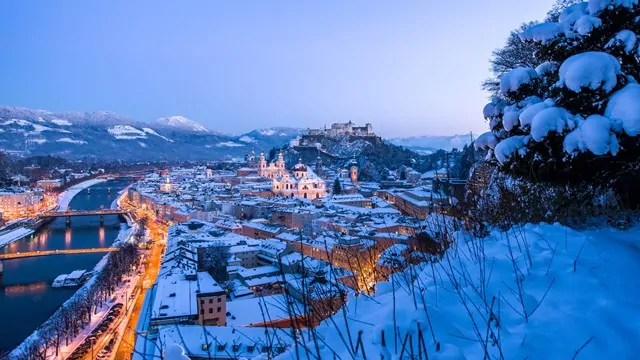 Salzburg leicht verschneit