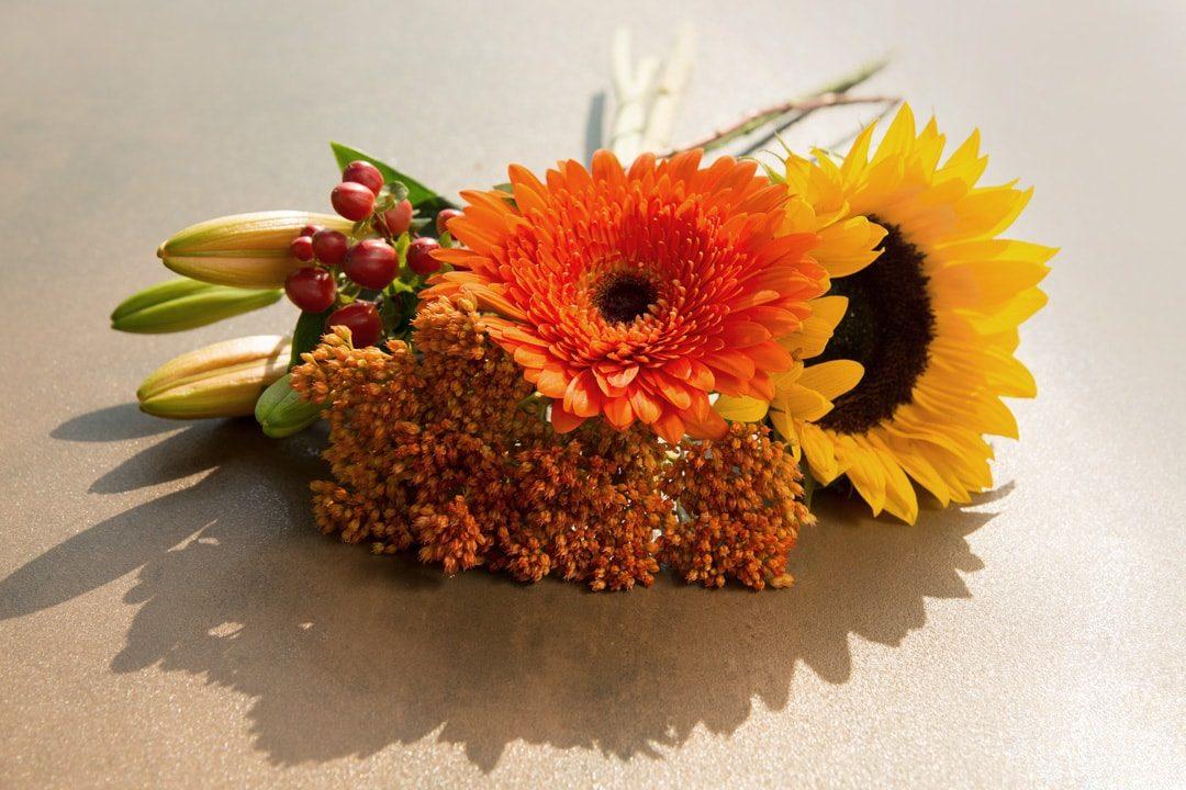 Dekorieren mit Blumen  Fliesen Sale