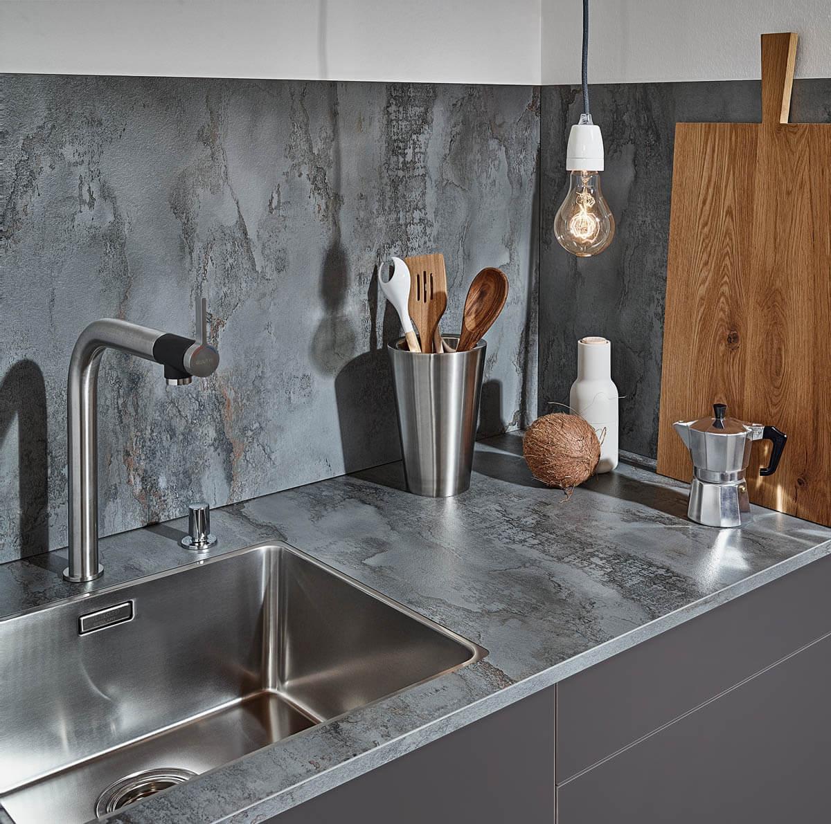Kchenarbeitsplatten Vergleich Bilder Preise Vorteile und Nachteile von Holz Granit Beton
