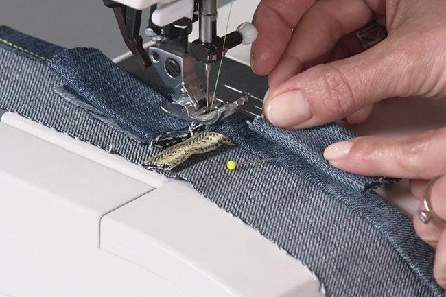 Makerist-Über dicke Stellen nähen