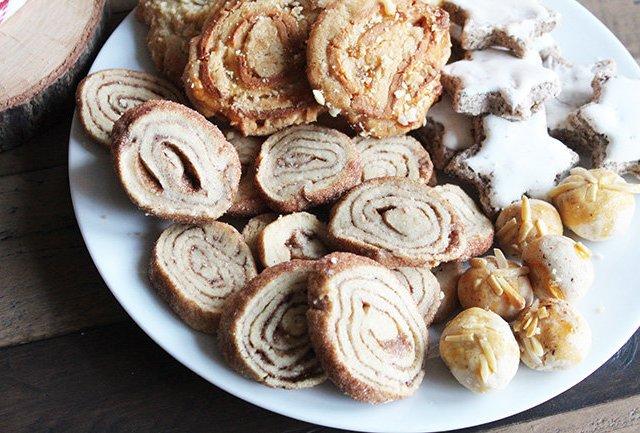 Weihnachtsbäckerei: Leckere Zimtschneckenplätzchen