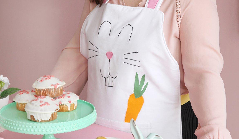 DIY für Ostern: Hasen-Schürze nähen
