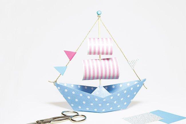 Makerist-Basteln-mit-Kindern-50-DIY-Projekte-Papier-Boot