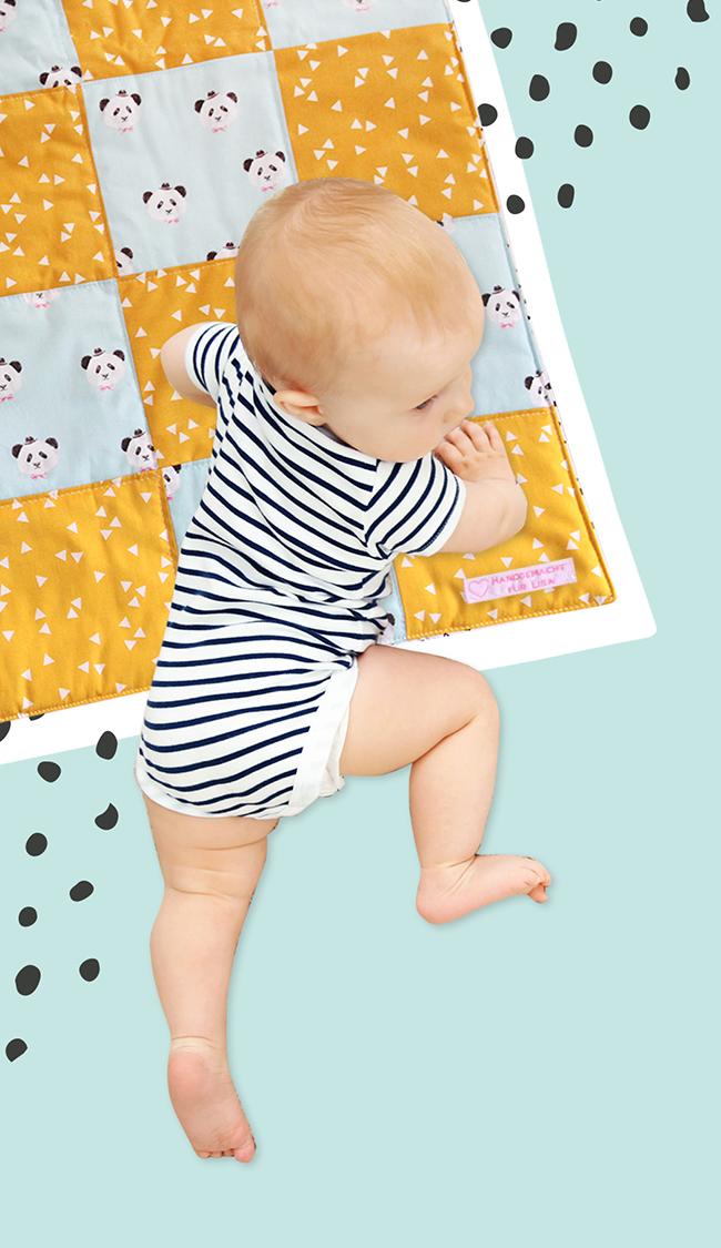 Makerist-DIY-Geschenk zur Geburt-Babydecke nähen (42)