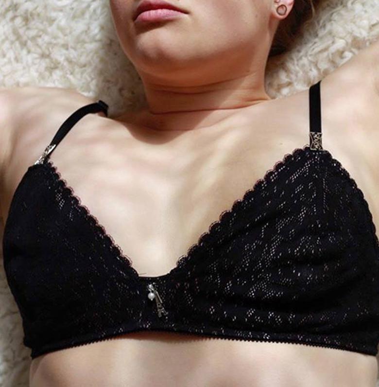 Unterwäsche-selber-nähen-13-DIYs-für-Bodys-BHs-und -Unterhosen-Romy-BH-Nummer-1