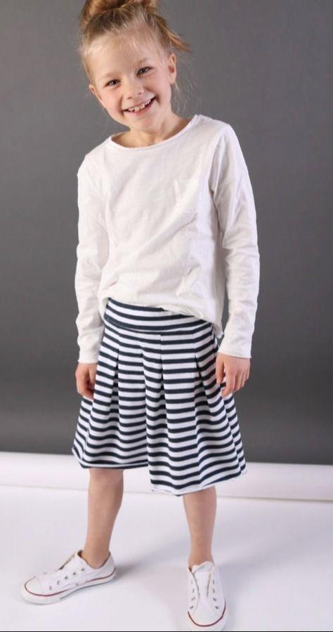 Makerist-Röcke selber nähen-KID5-Sweat-Falten-Rock-Isabella