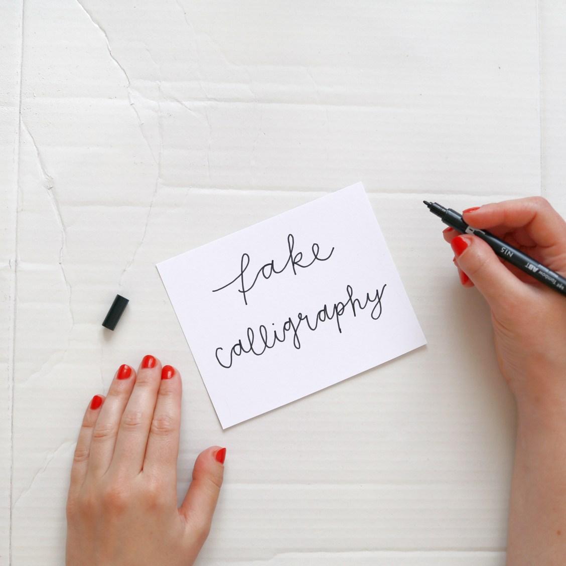 Makerist-Lettering-Basics-Stifte-Handlettering-Brush-Lettering-Fake-Calligraphy-18