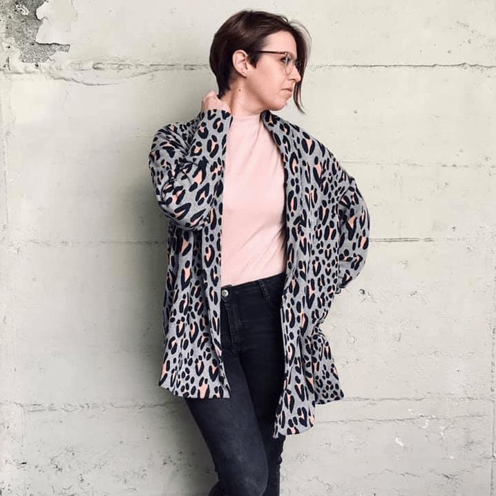 Makerist-gemuetliche-Homewear-selber-naehen-13-tolle-Anleitungen-Cardigan-mit-Schalkragen