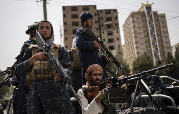 L'Afghanistan a due mesi dalla caduta di Kabul: intervista a Giuliano Battiston
