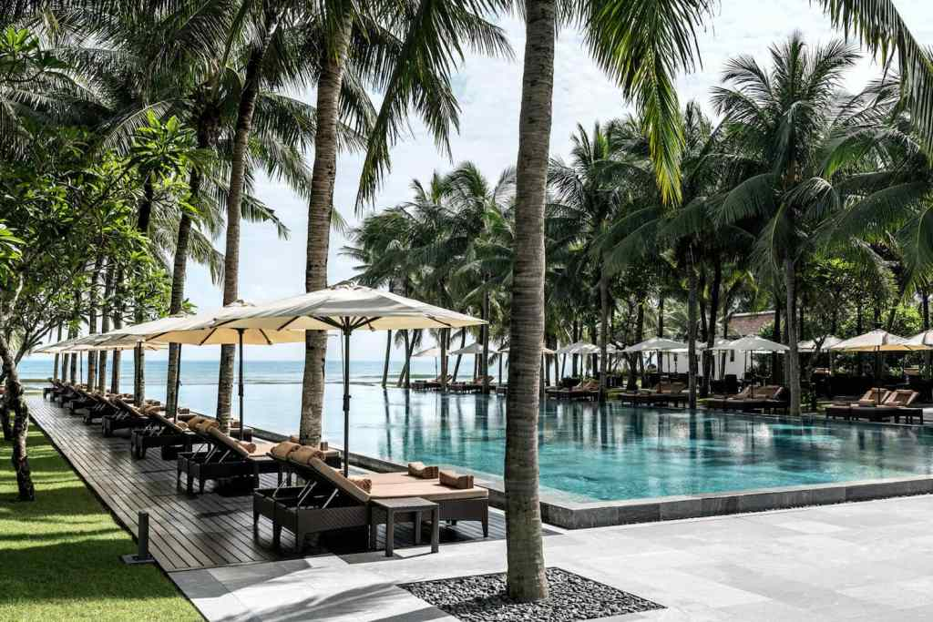 Luxury Wellness Retreats In Vietnam, wellness retreats in asia, wellness retreats in vietnam, four seasons nam hai, sound healing, spa retreats
