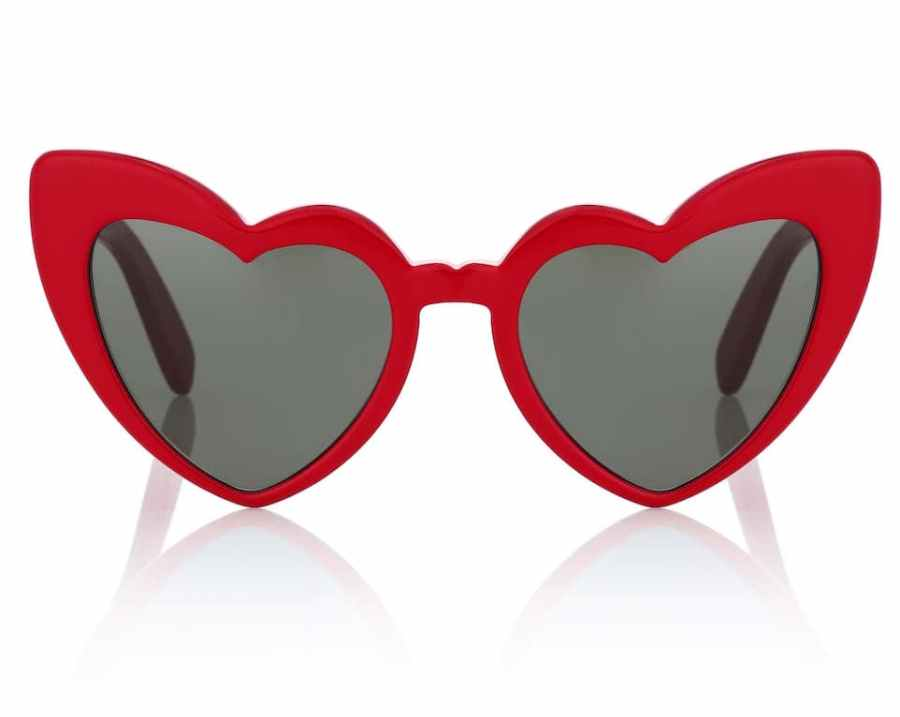 red resort wear, chinese new year, what to wear on retreat holiday wellness, red accessories jewellery bags glasses