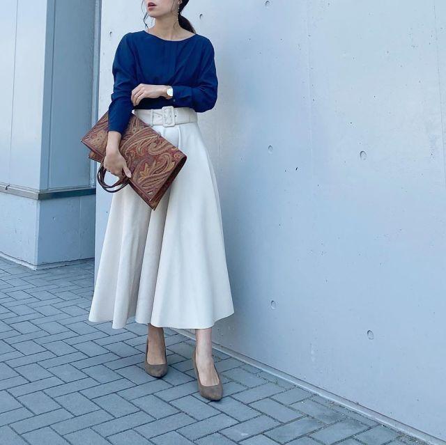 バッグの「抱え持ち」がオシャレな理由って?【ファッションの疑問を解決!】/バッグの「抱え持ち」、そもそも何で話題になったの?