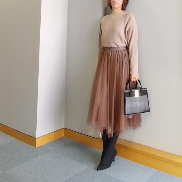 婚活OKな「美フレアスカート」を探せ! ちょうどいいデザインの法則/夜の婚活パーティーには「エレガント素材のフレアスカート」がおすすめ