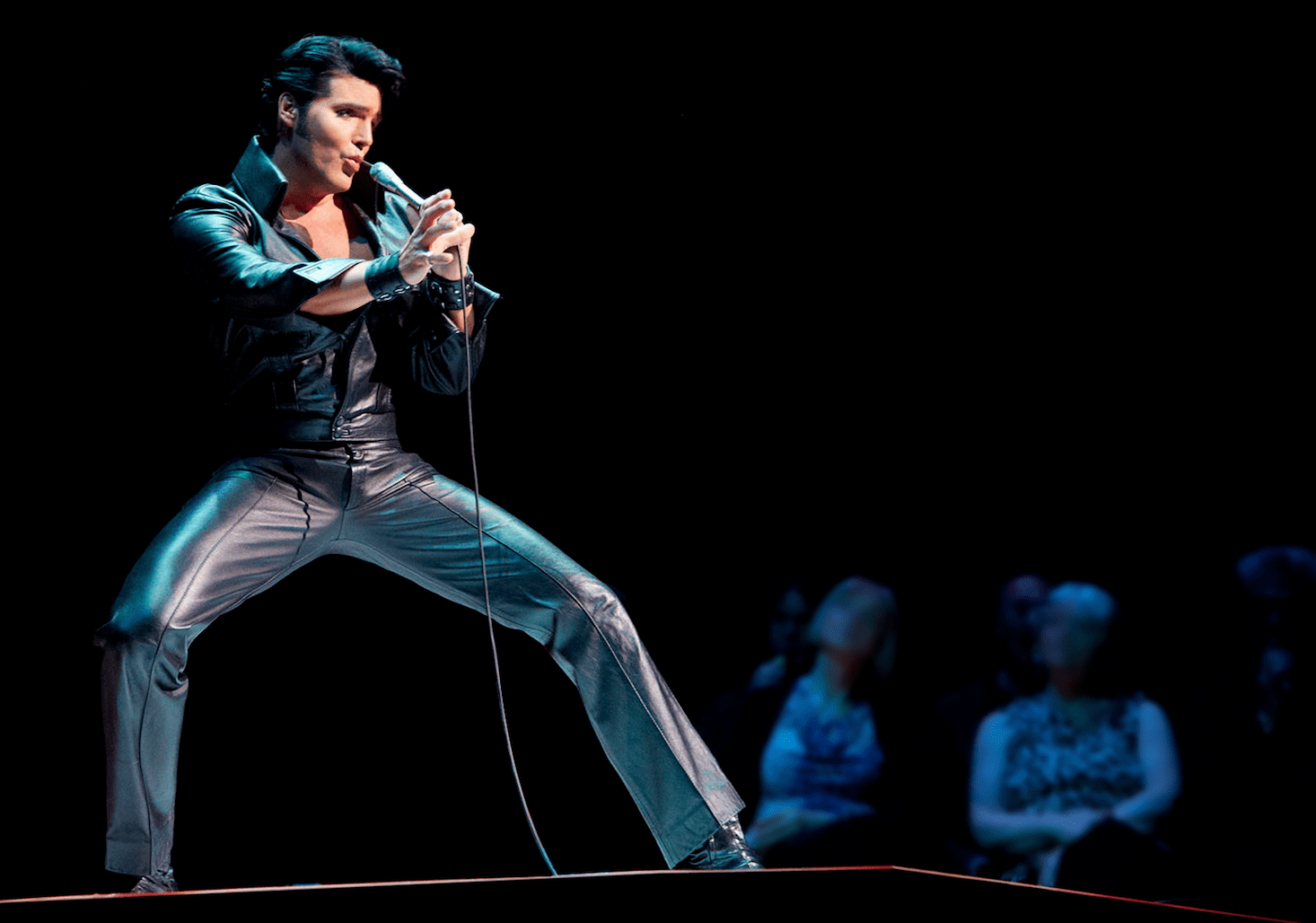 Steve Michaels as Elvis