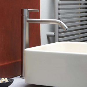 rubinetteria da bagno acciaio