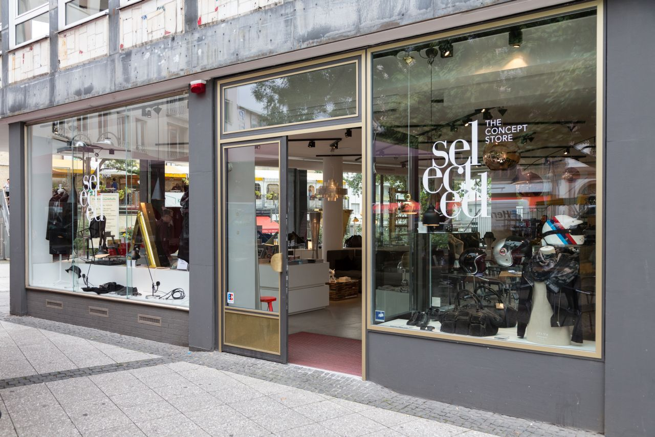 Outdoor Geschäft Frankfurt Selected Gallery In Frankfurt: An Innovative And Unconventional Interior Design Store